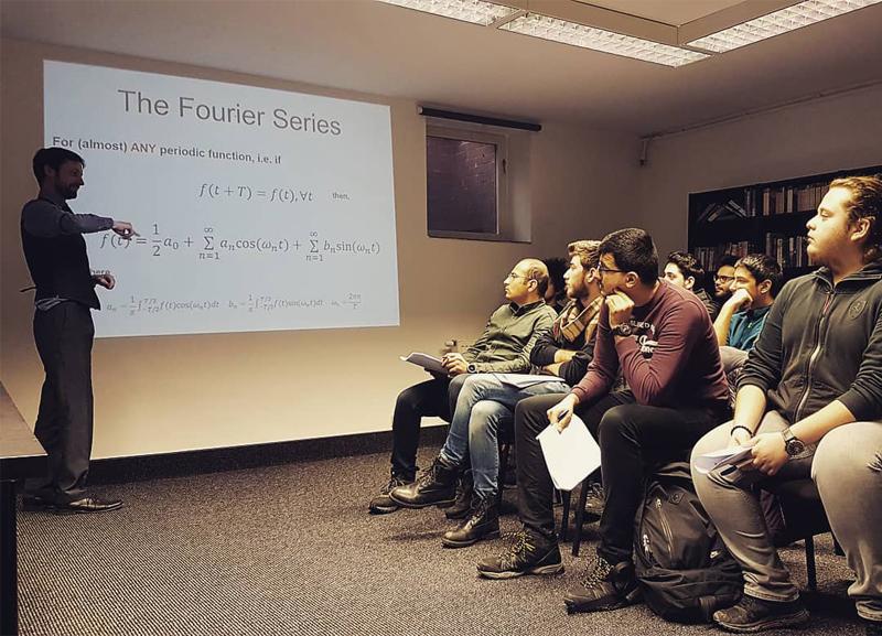 Cultus Schools Polonya'da Üniversite Öncesi Dil Eğitimi