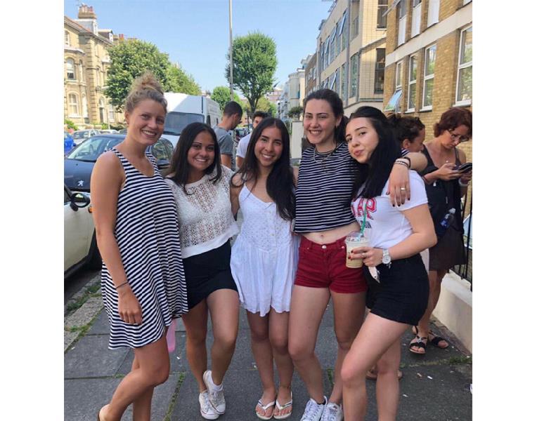 ELC Brighton'da Genel İngilizce ve IELTS Hazırlık