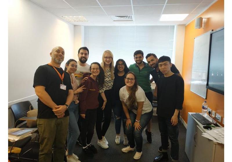 Ec Londra'da 6 Ay Dil Eğitimi ve Rezidans Konaklaması