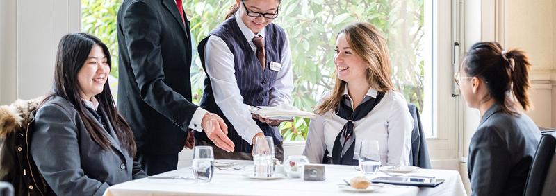 Yurtdışında Turizm-Aşçılık Eğitimleri Hotel Institute Montreux