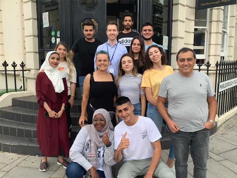 İngiltere'de 2 Ay Dil Eğitim St. Giles Brighton Dil Okulu